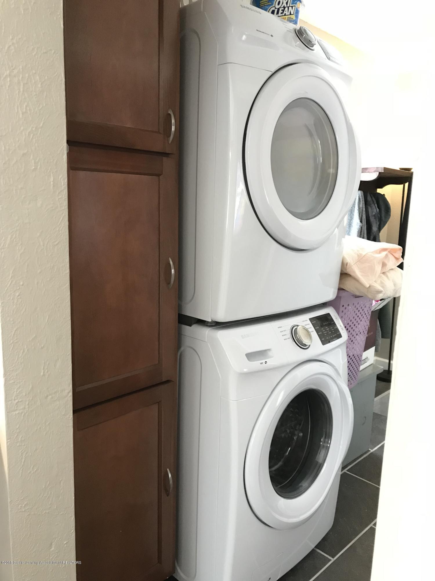 204 E Shaw St - 22 Laundry - 23