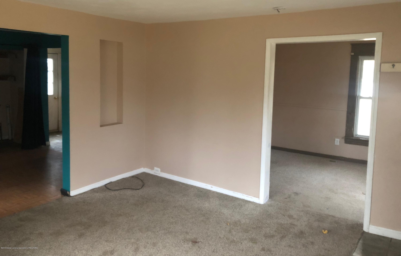13580 Walnut St - Living room - 6