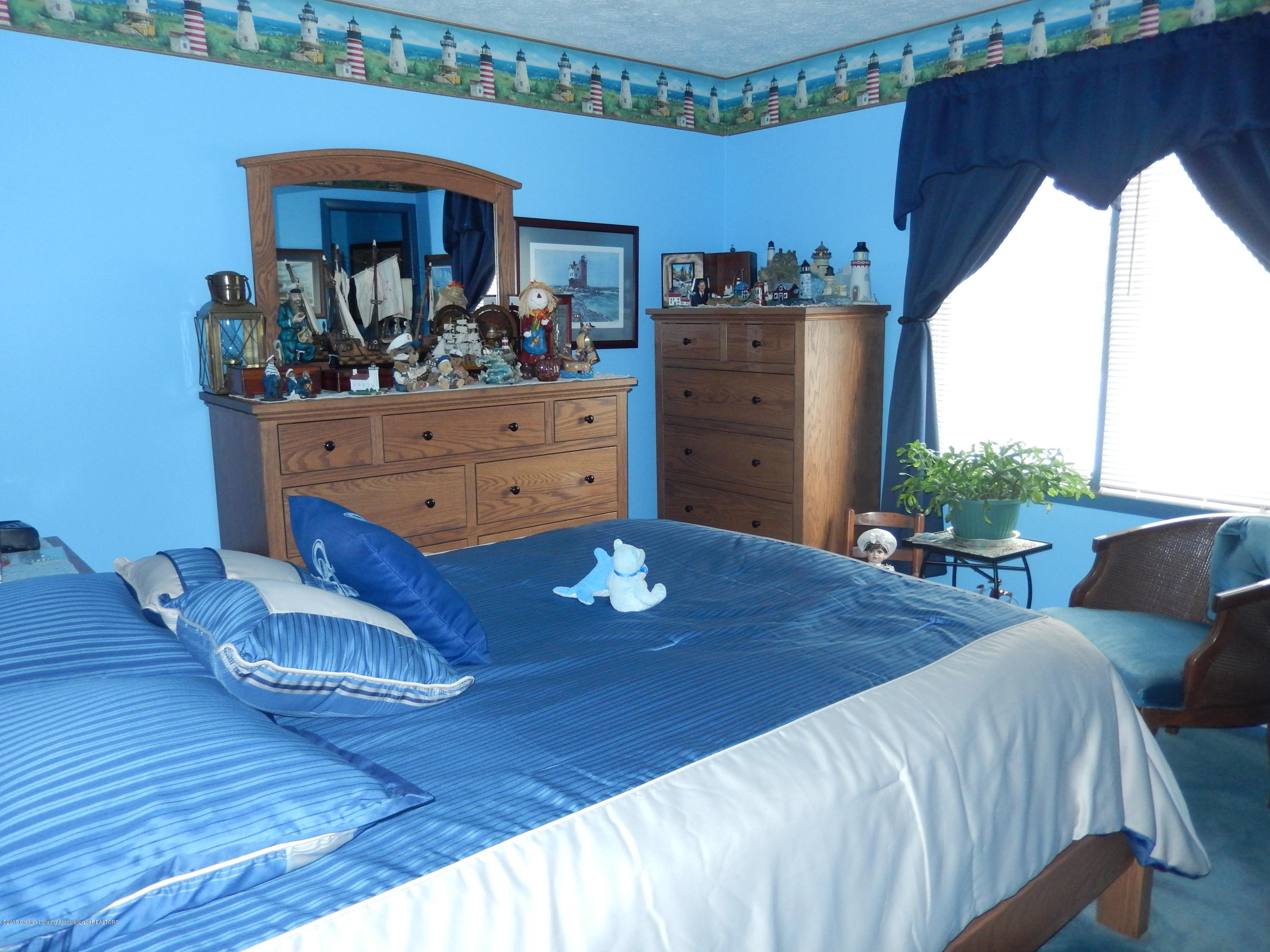 2809 N Canal Rd - Master Bedroom - 8