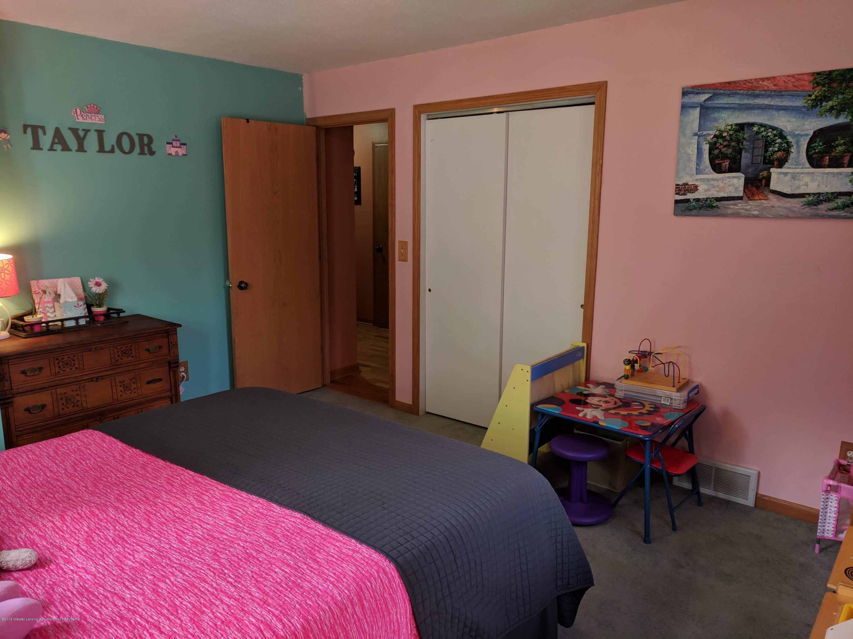 8175 Hunter Rd - Bedroom 2 - 38