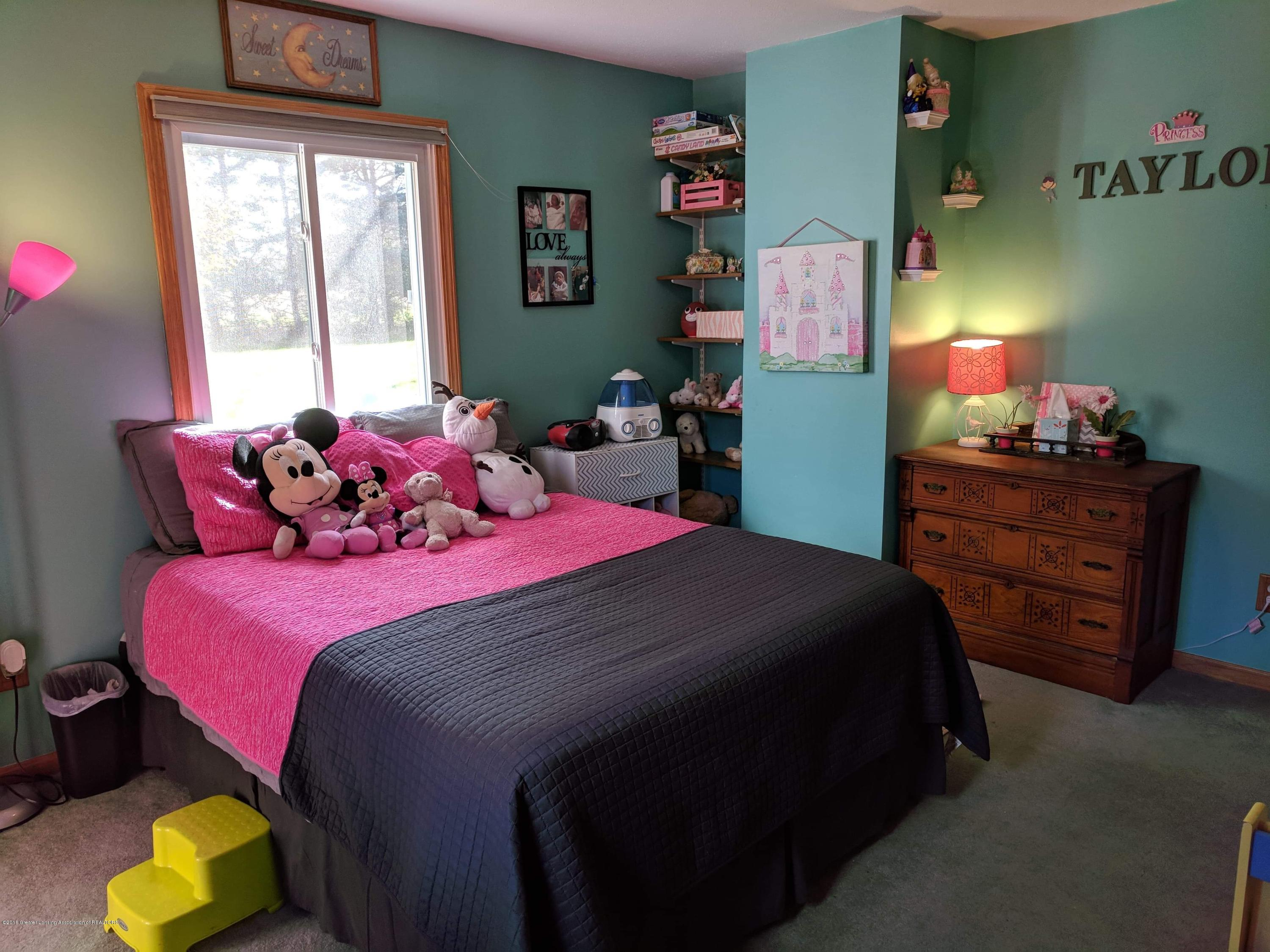 8175 Hunter Rd - Bedroom 2 - 36