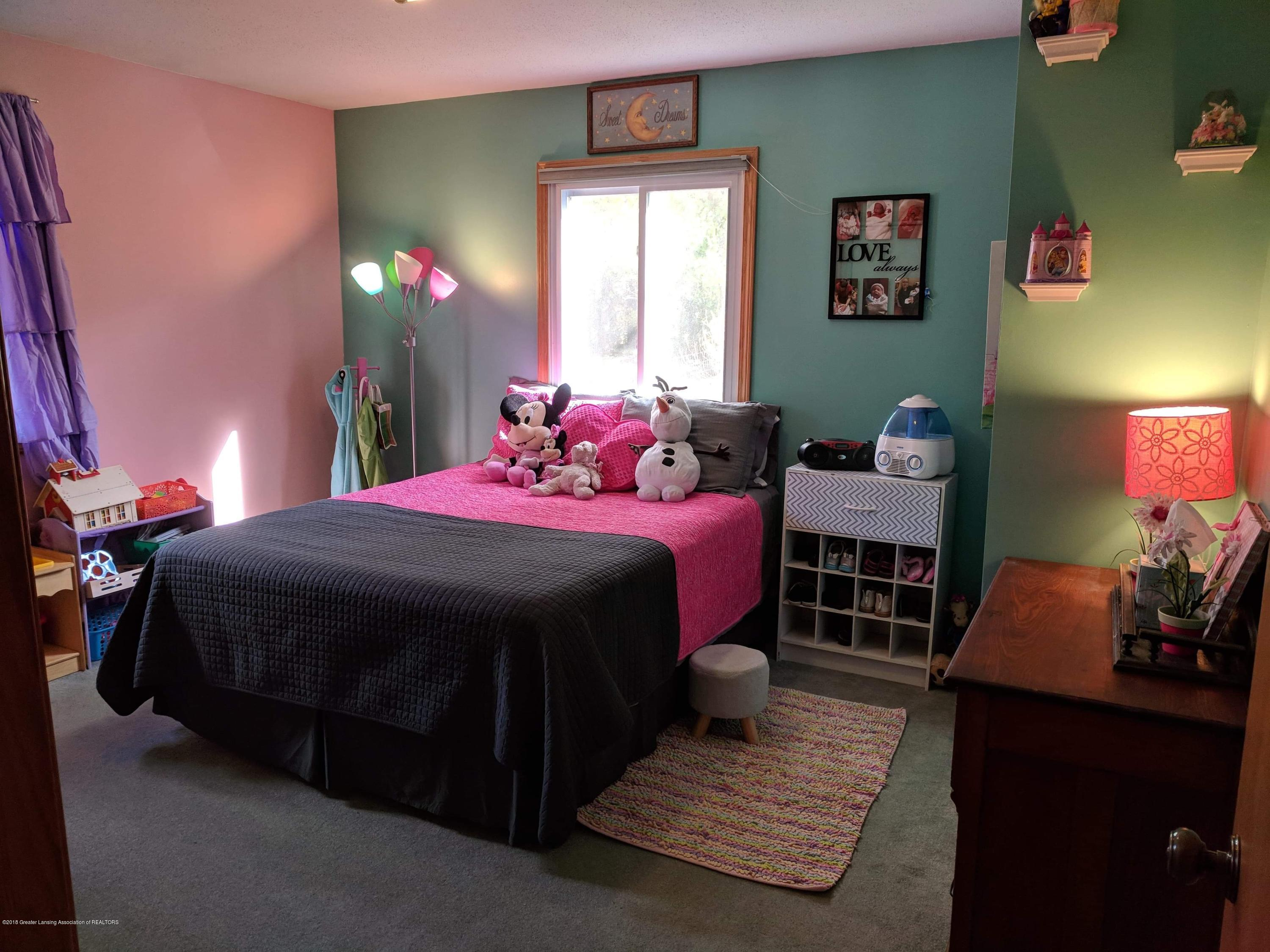 8175 Hunter Rd - Bedroom 2 - 37