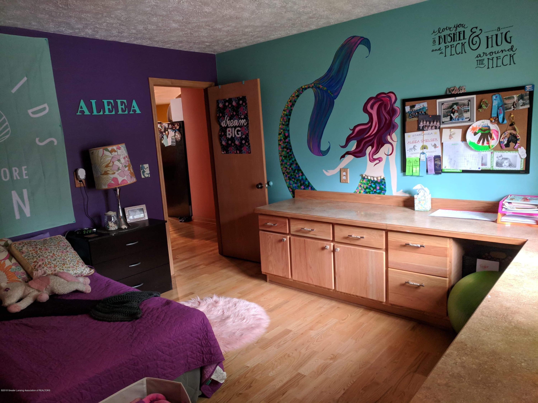 8175 Hunter Rd - Bedroom 1 - 33