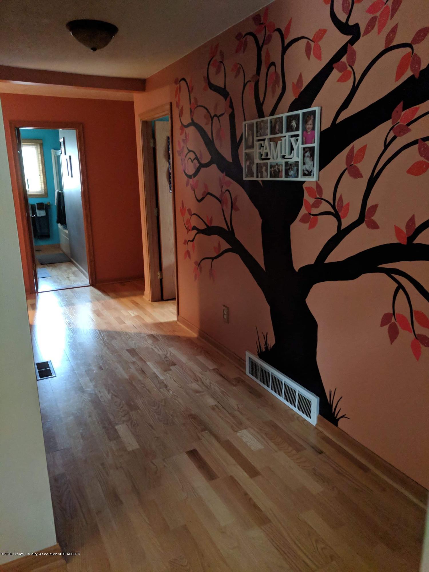 8175 Hunter Rd - Hall - 23