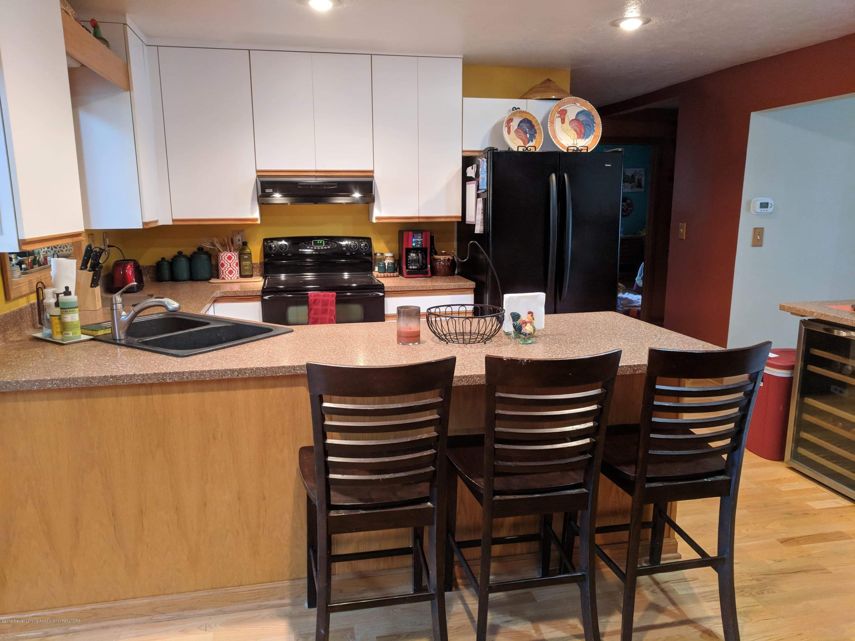 8175 Hunter Rd - Kitchen - 12