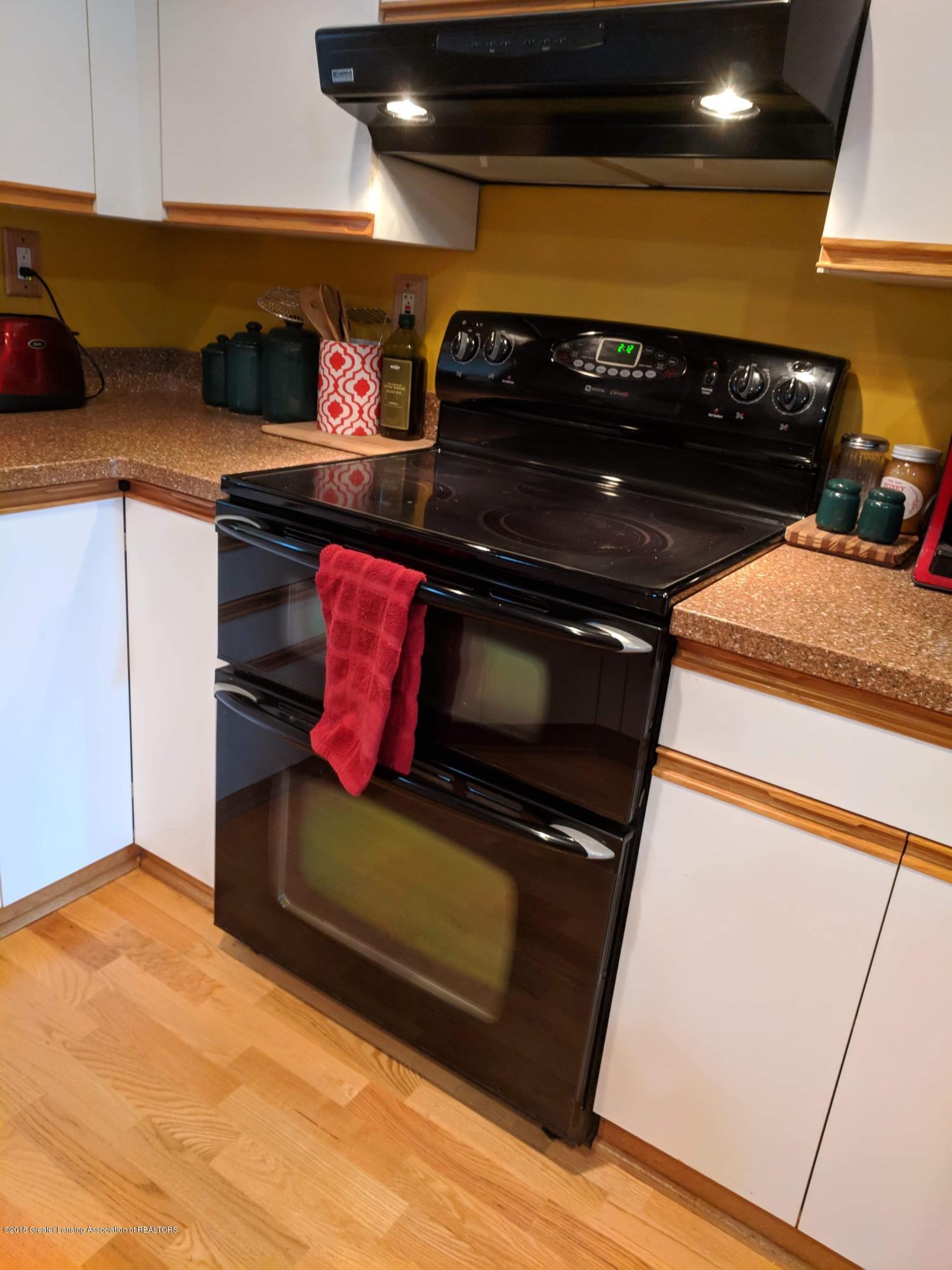 8175 Hunter Rd - Kitchen - 15