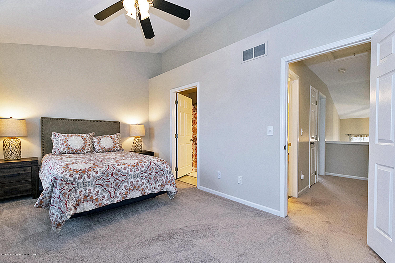 1411 Academy Ln - 1411 Academy Master Bedroom Doorway - 22