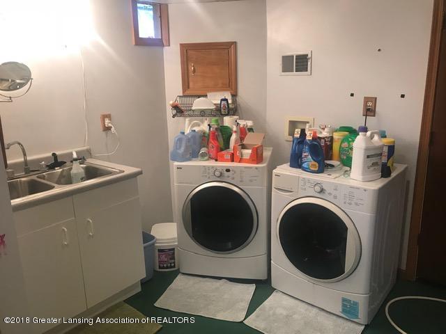 8175 Hunter Rd - Lower Level Bath - 43