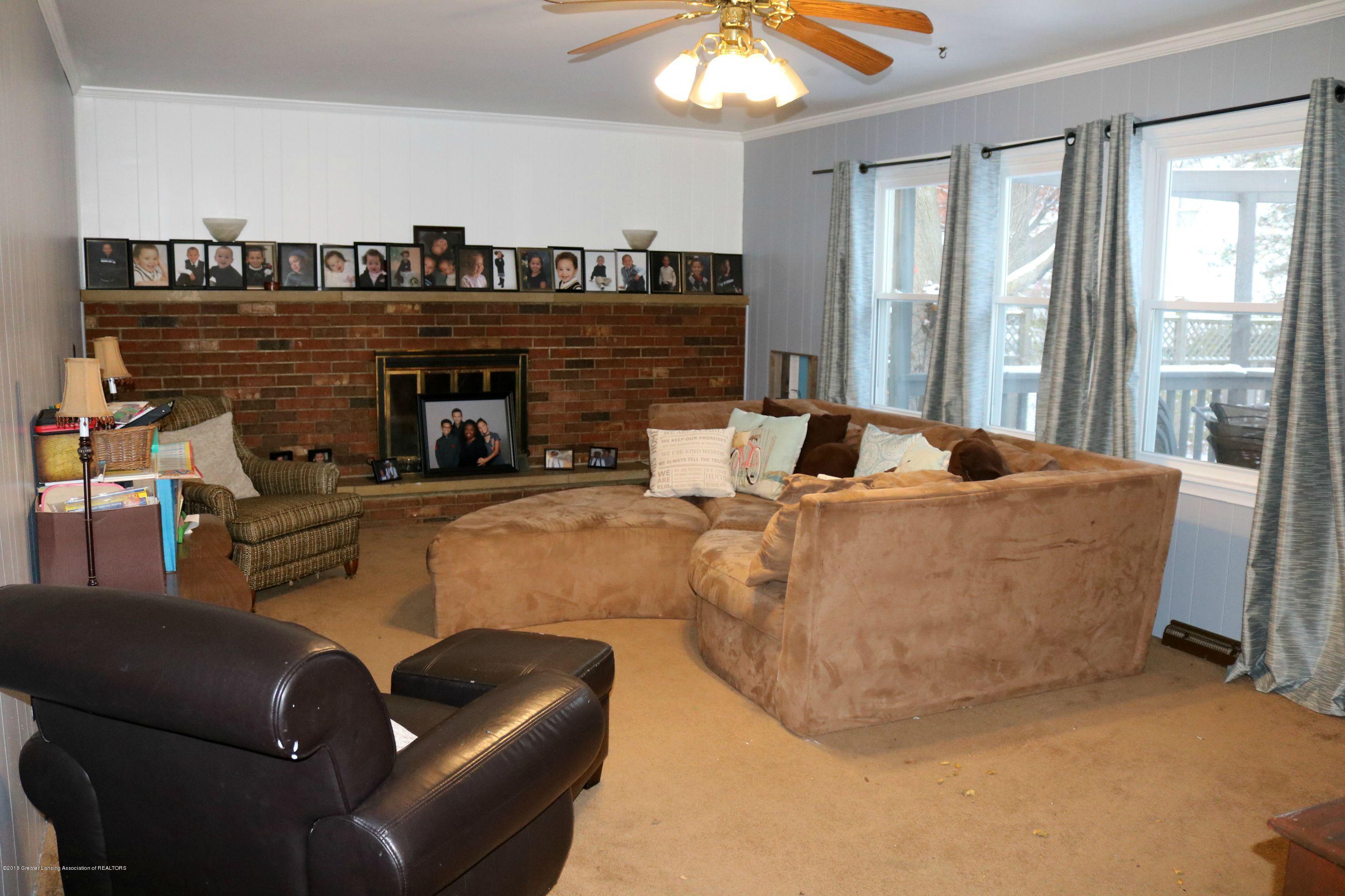 2811 Sunderland Rd - Family Room - 7
