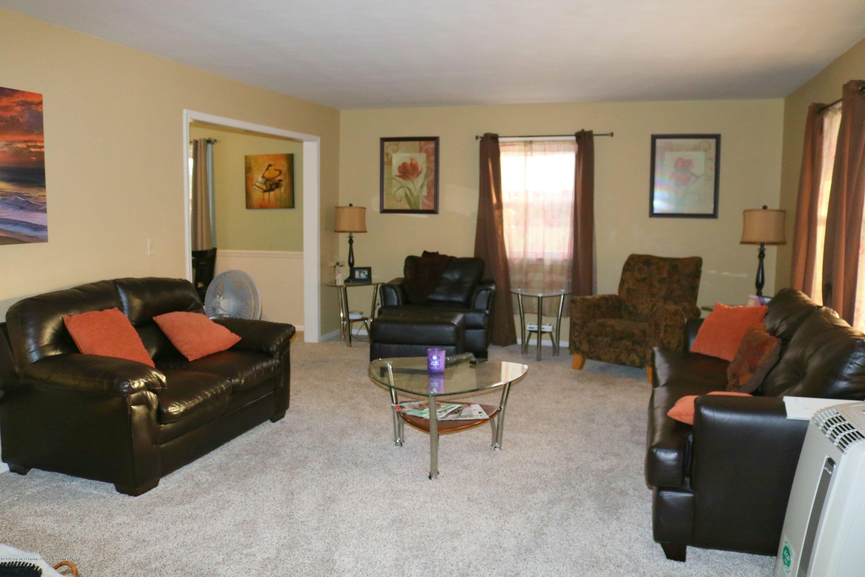 2811 Sunderland Rd - Living Room - 2