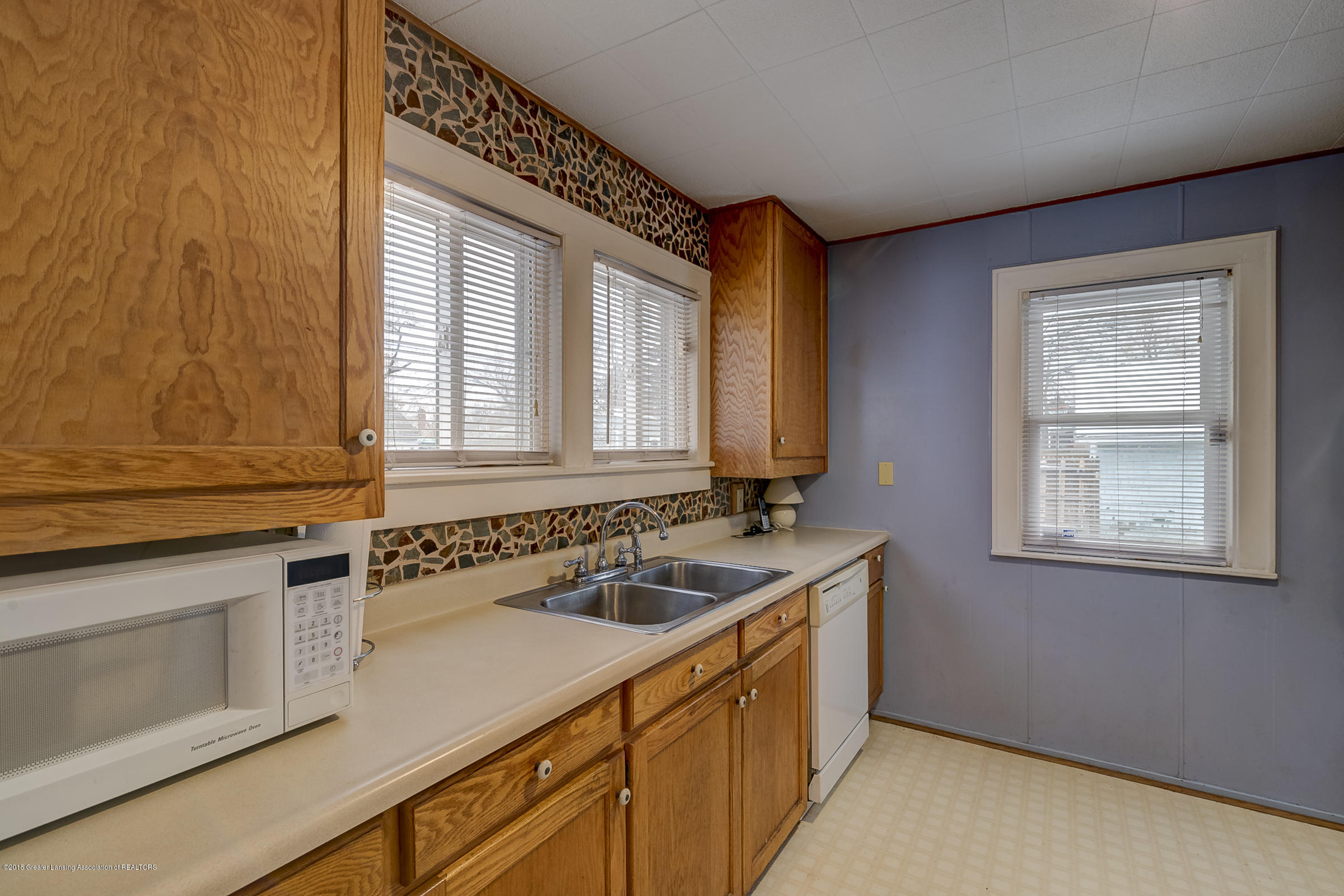 942 Cleo St - Kitchen - 9