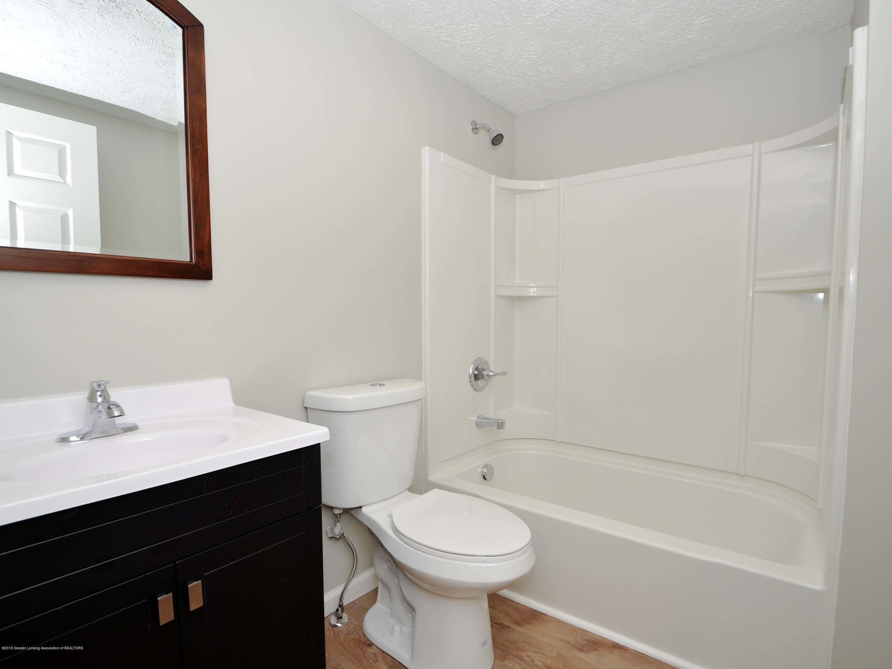 908 Water St - Master Bath - 13
