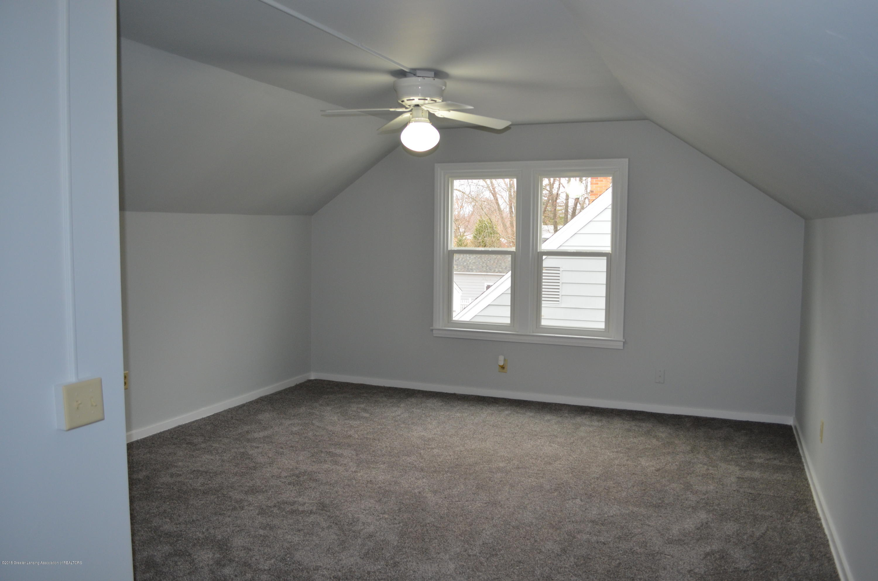 1323 Poxson Ave - 2nd Floor 3rd Bedroom - 23