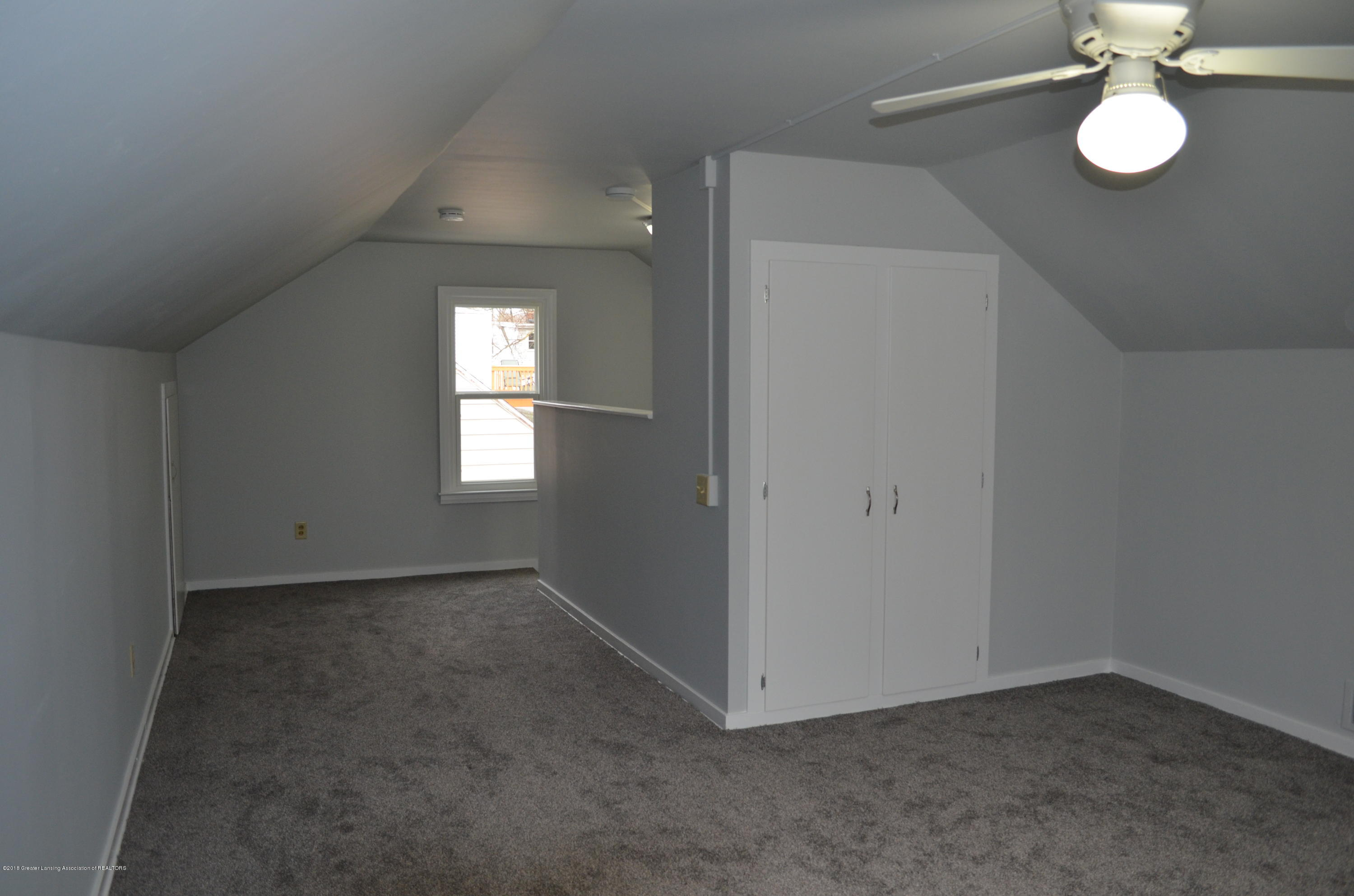 1323 Poxson Ave - 2nd Floor 3rd bedroom - 24
