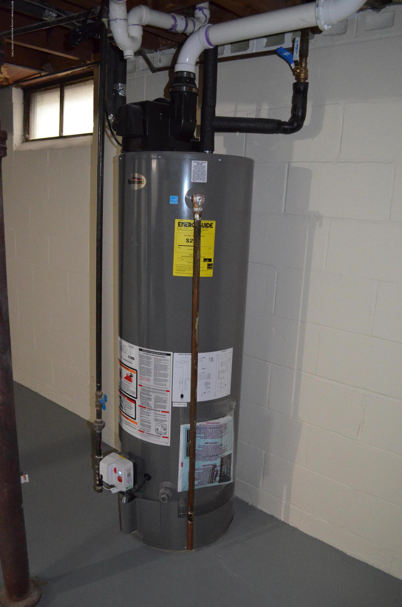 1323 Poxson Ave - Newer Water Heater - 30