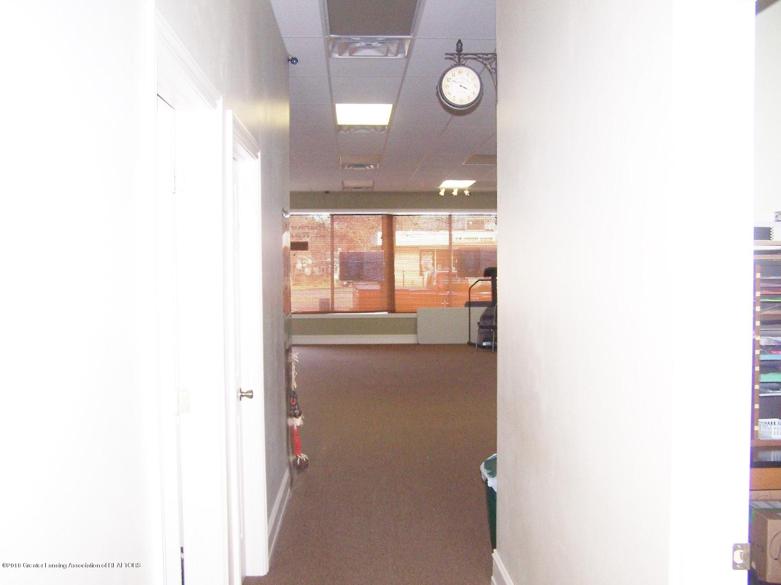 125 N Main St - Hallway into Front Room - 16