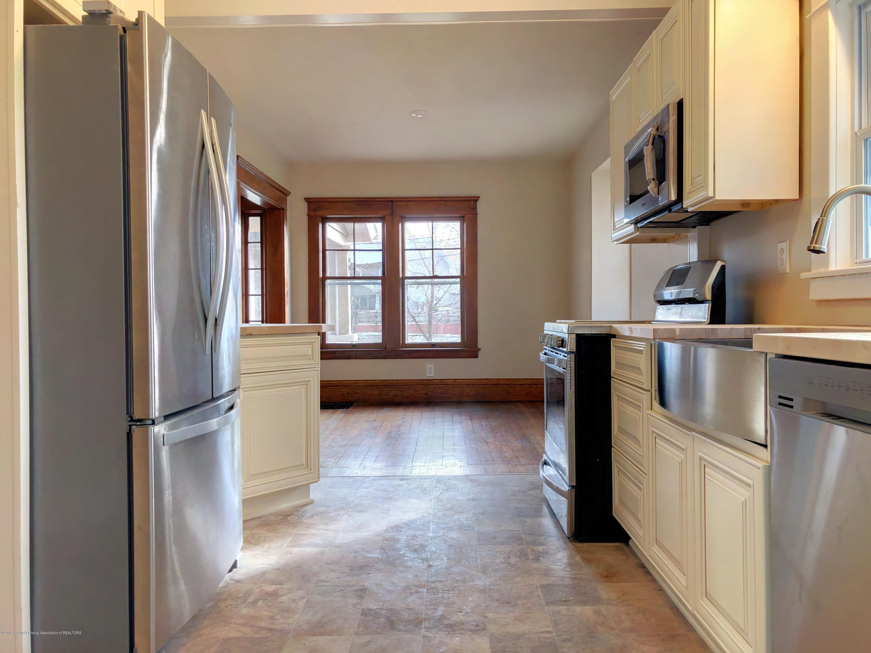 224 W North St - Kitchen - 5