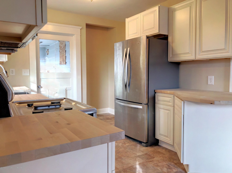 224 W North St - Kitchen - 6