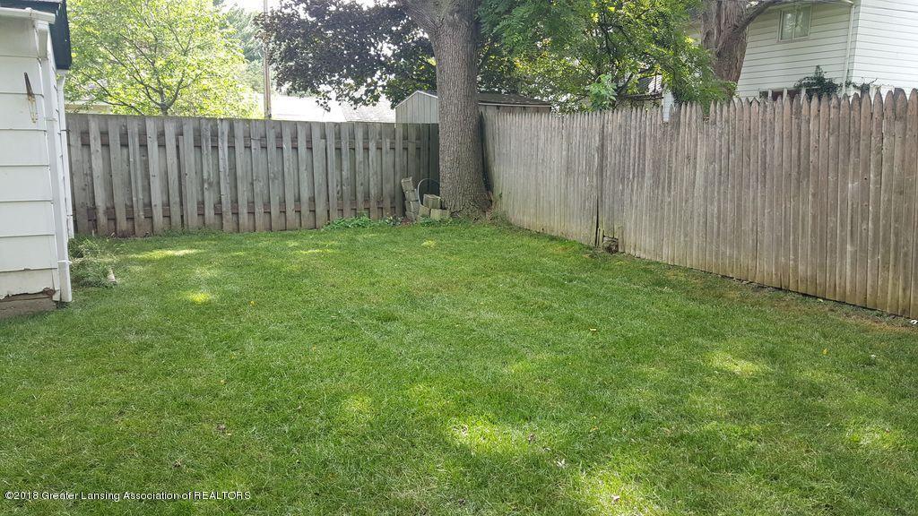 620 Irvington Ave - Fenced Back Yard - 22