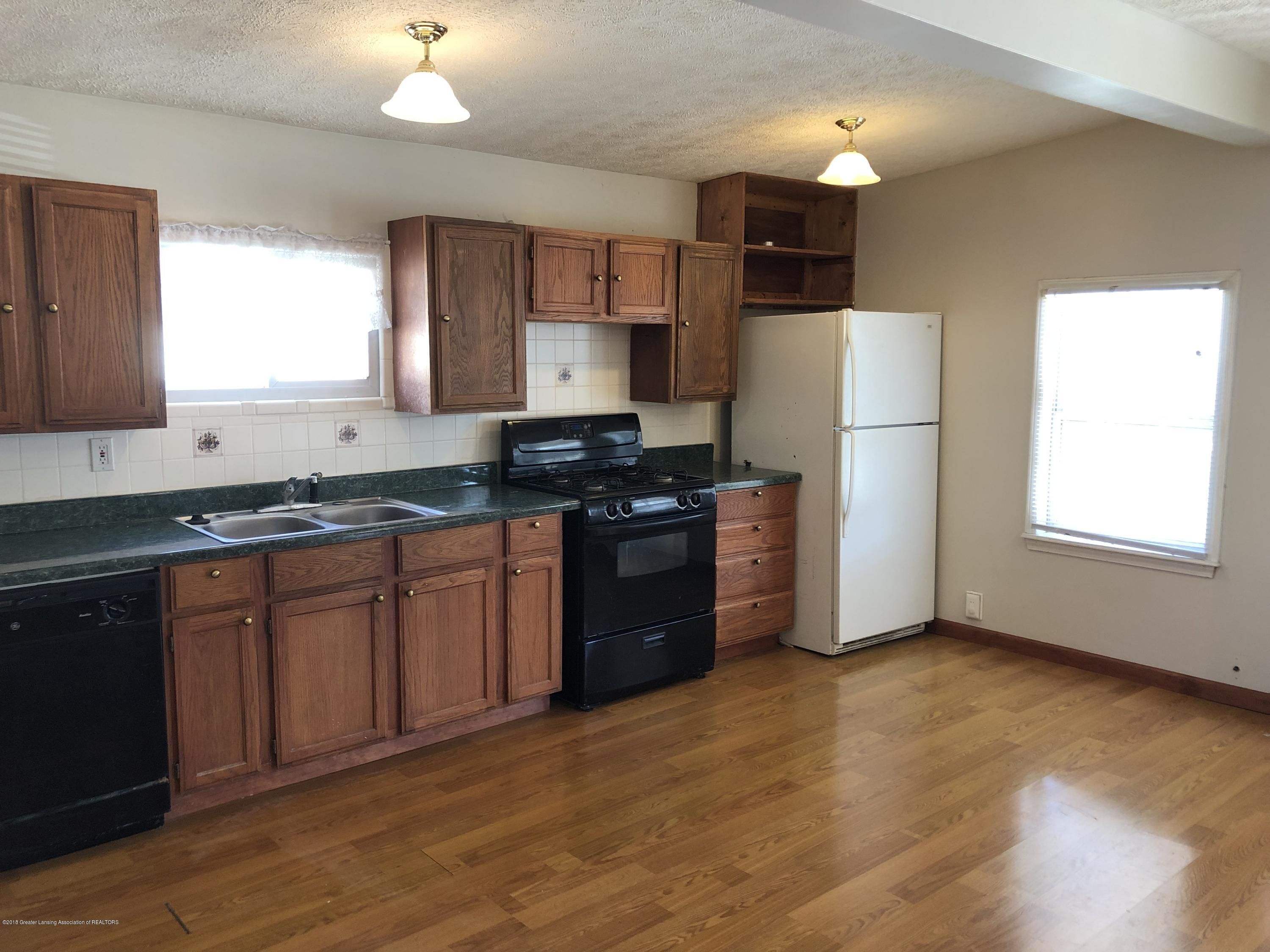 5813 Outer Dr - IMG_0320 - 7