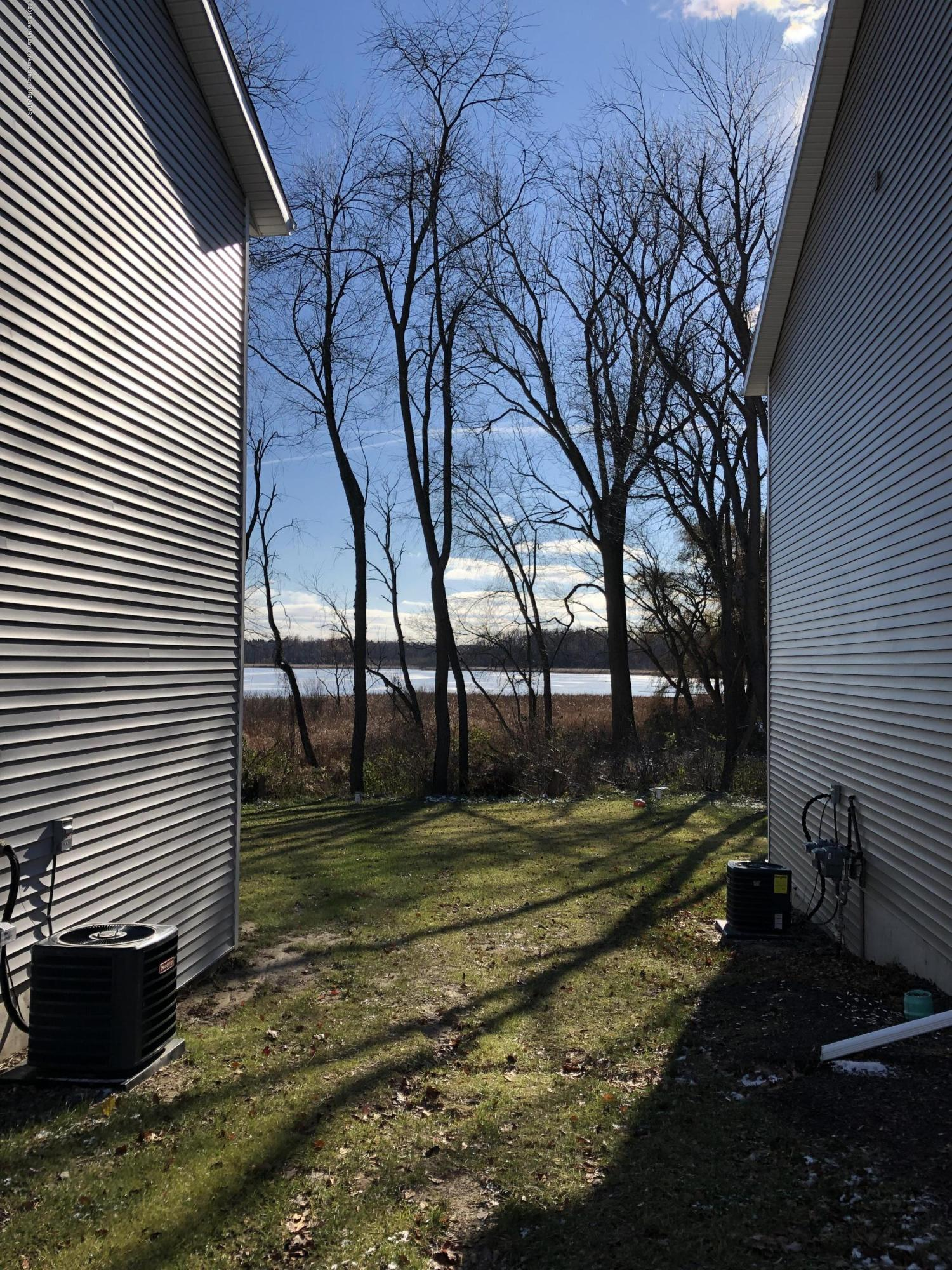 5813 Outer Dr - Obstructed View of Park Lake - 26