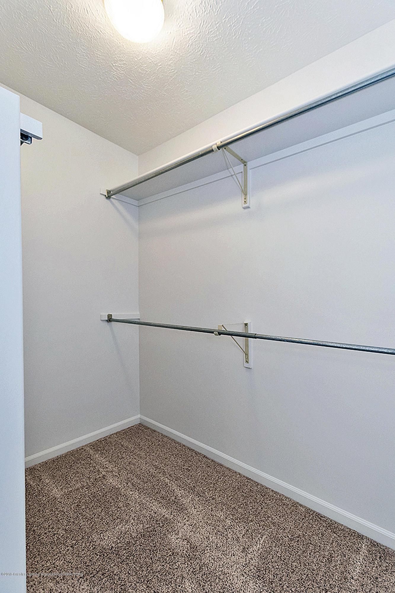 2065 Wyndham Hills Dr - 2065 Wyndham Master Bedroom walk-in - 7