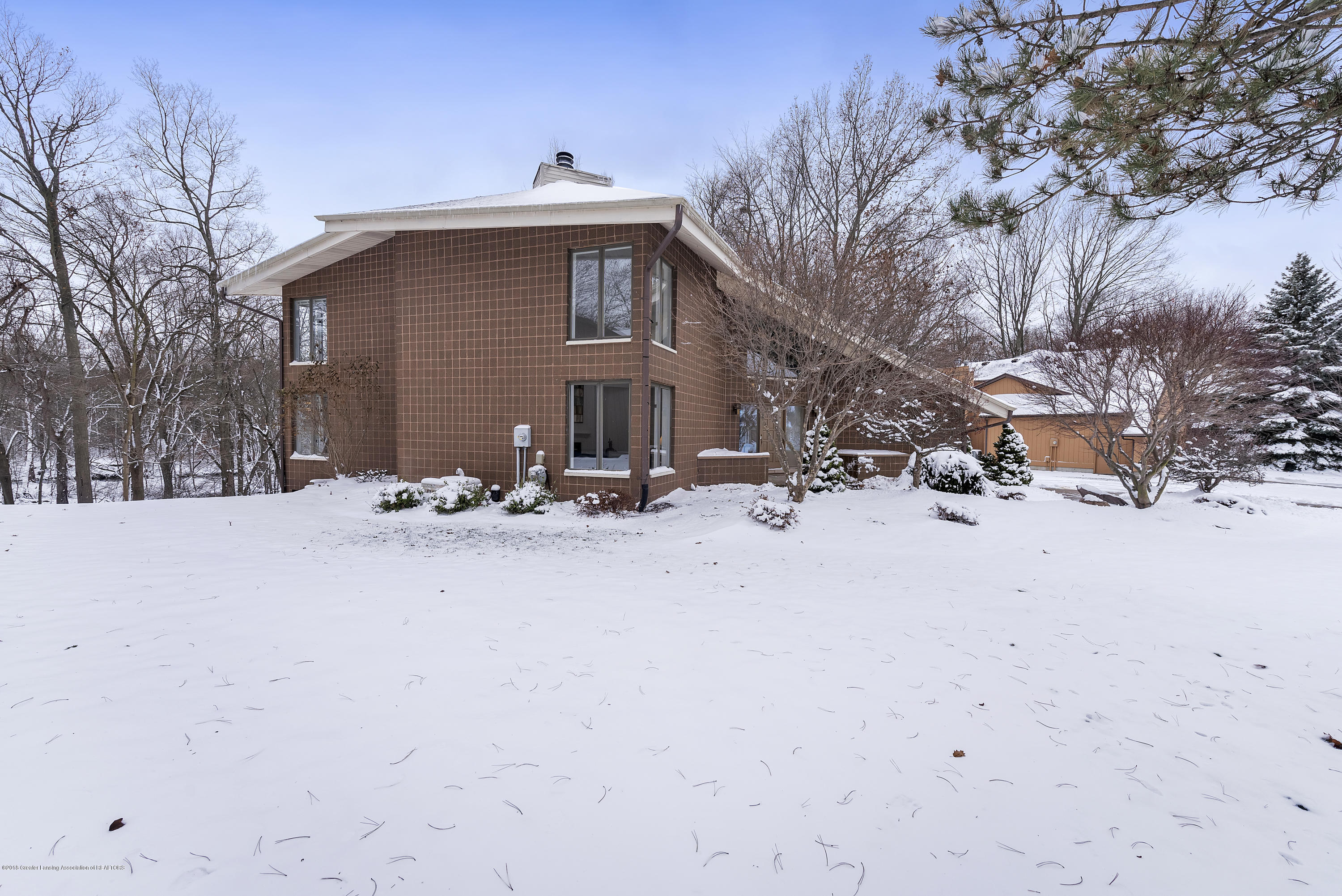 4031 Shoals Dr - 4031-Shoals-Drive-Okemos-MI-48864-window - 39