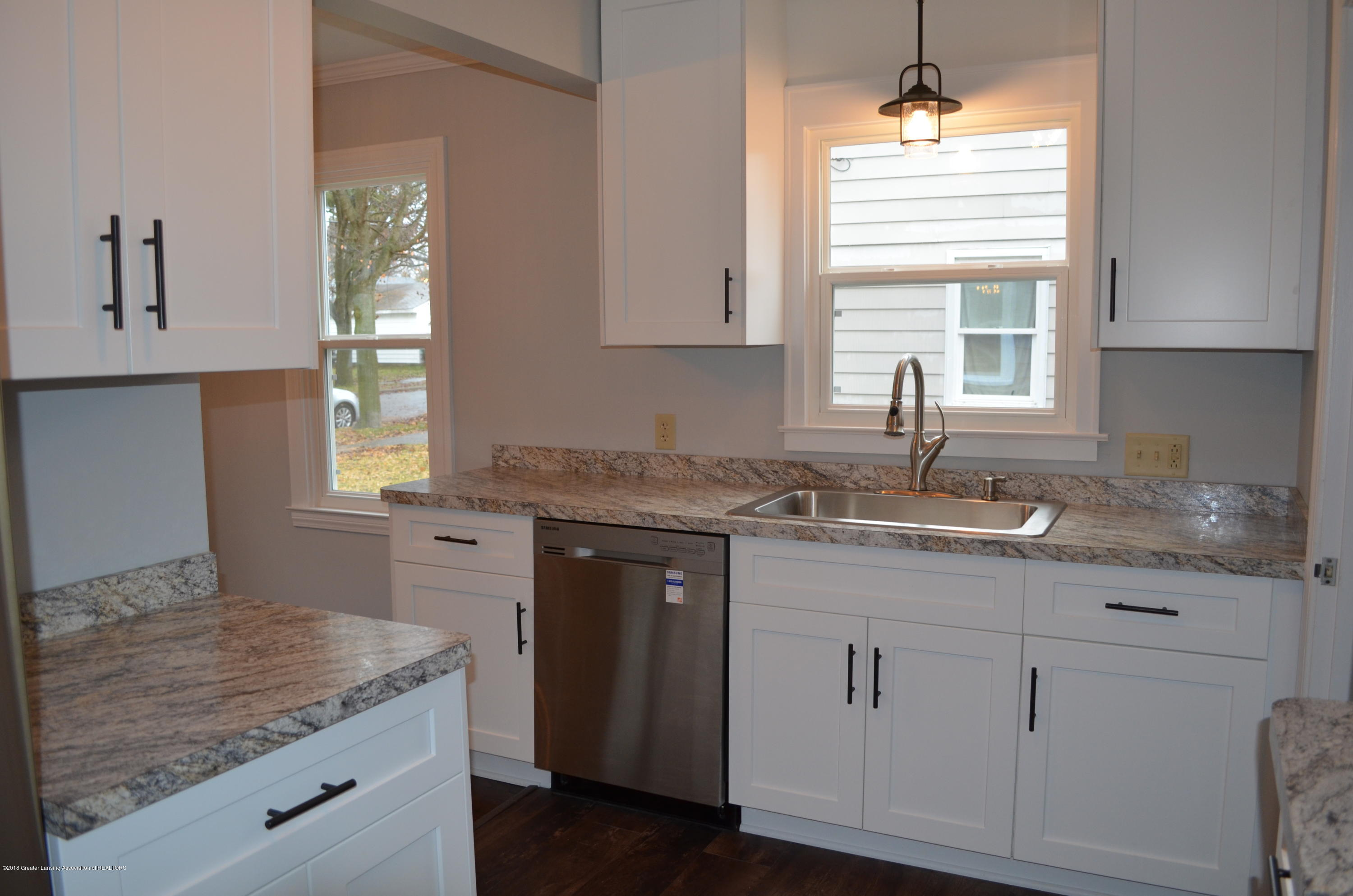 1323 Poxson Ave - Brand New Kitchen - 4