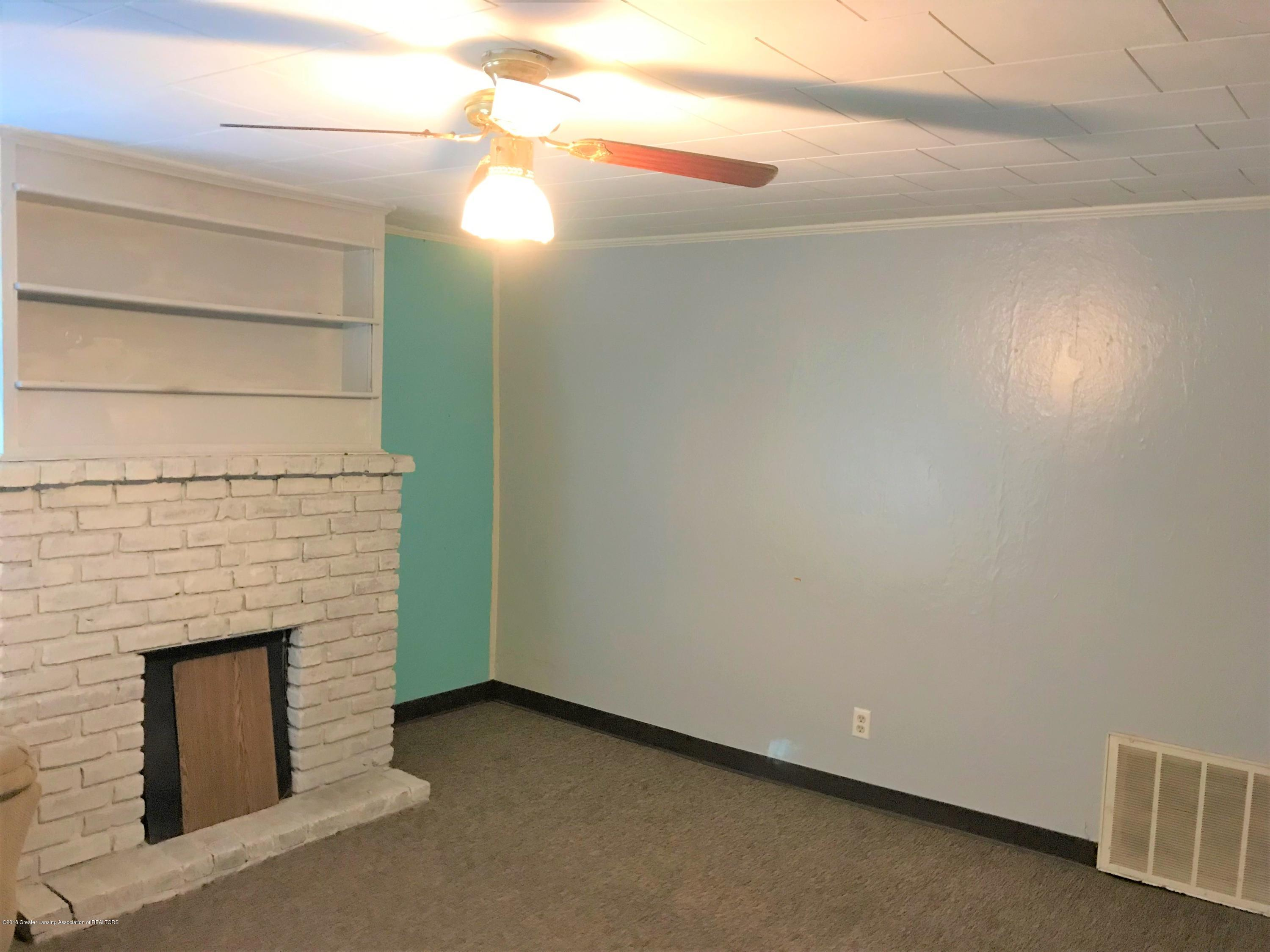 333 S Lincoln St - 4 Living RM 3 - 4