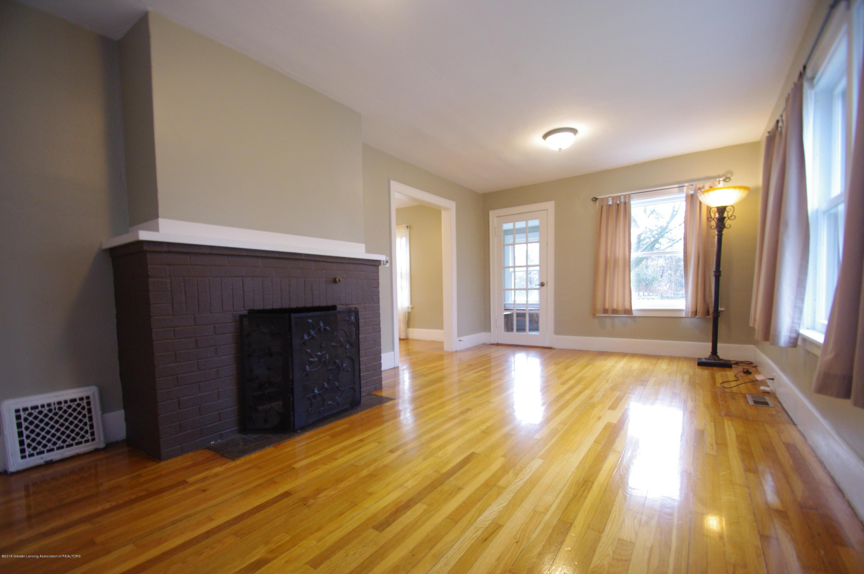 4604 Old Lansing Rd - Living Room - 6