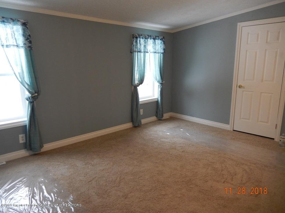 212 E Howe Ave - bed2 - 14