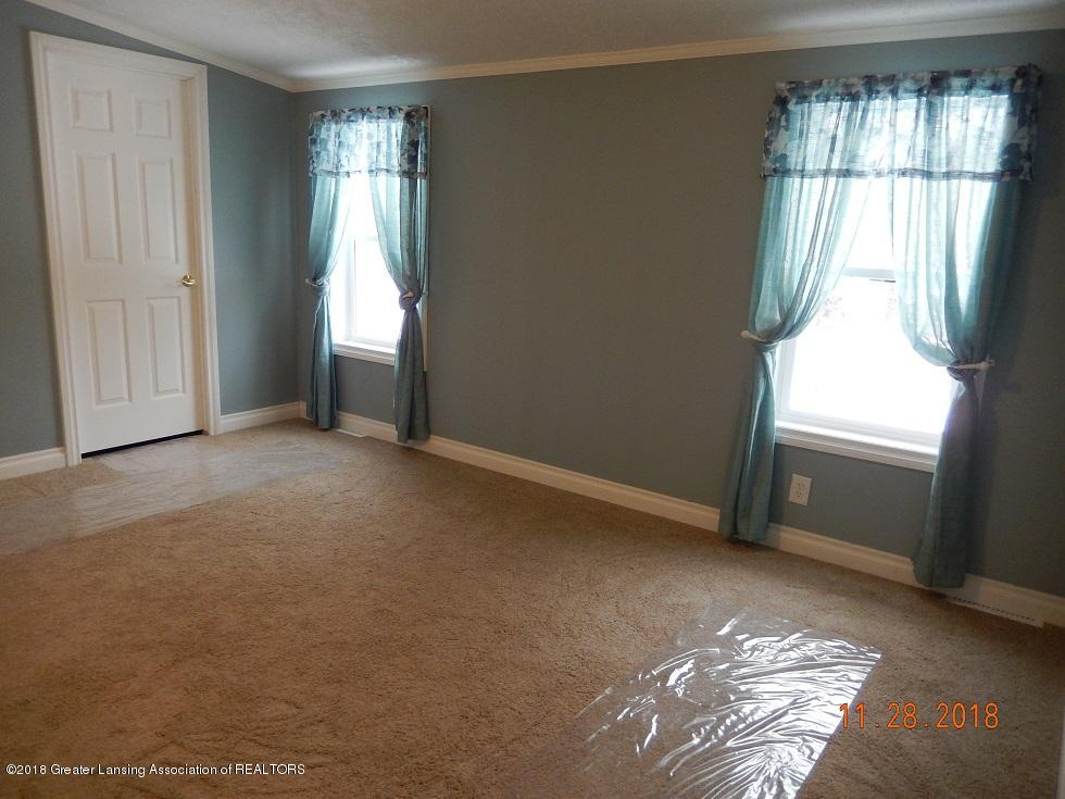 212 E Howe Ave - bed3 - 15