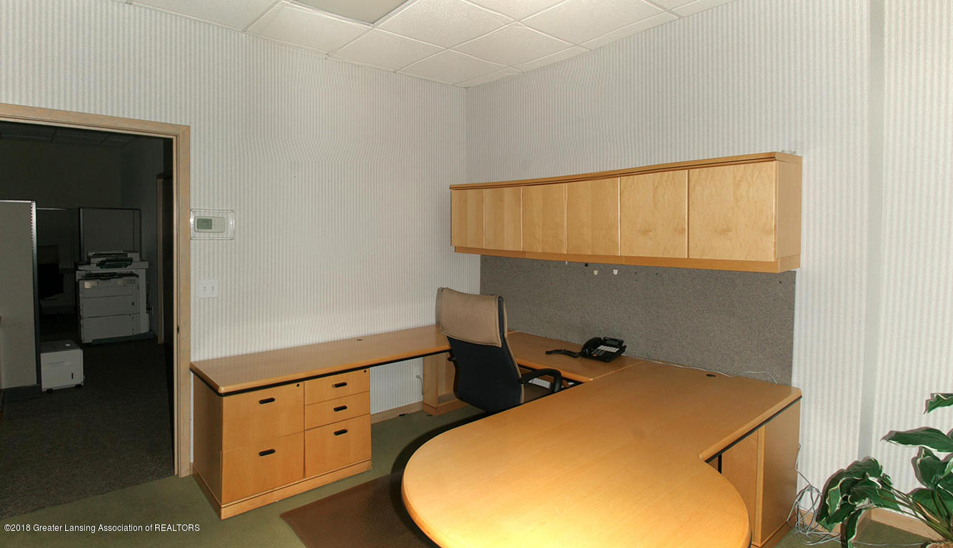 2152 Commons Pkwy - Office2 - 4