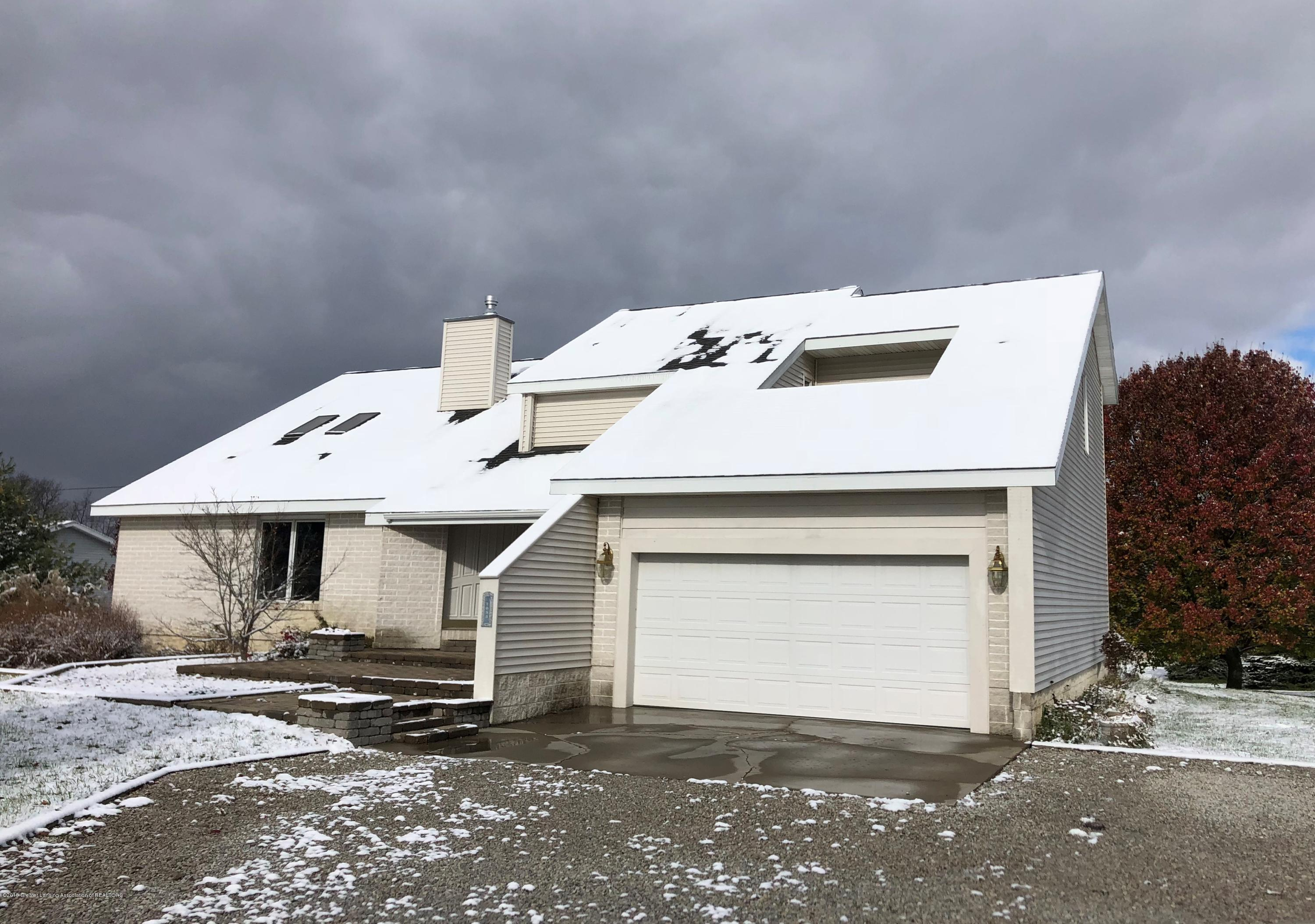 7083 E Mt Hope Hwy - front view - winter - 1
