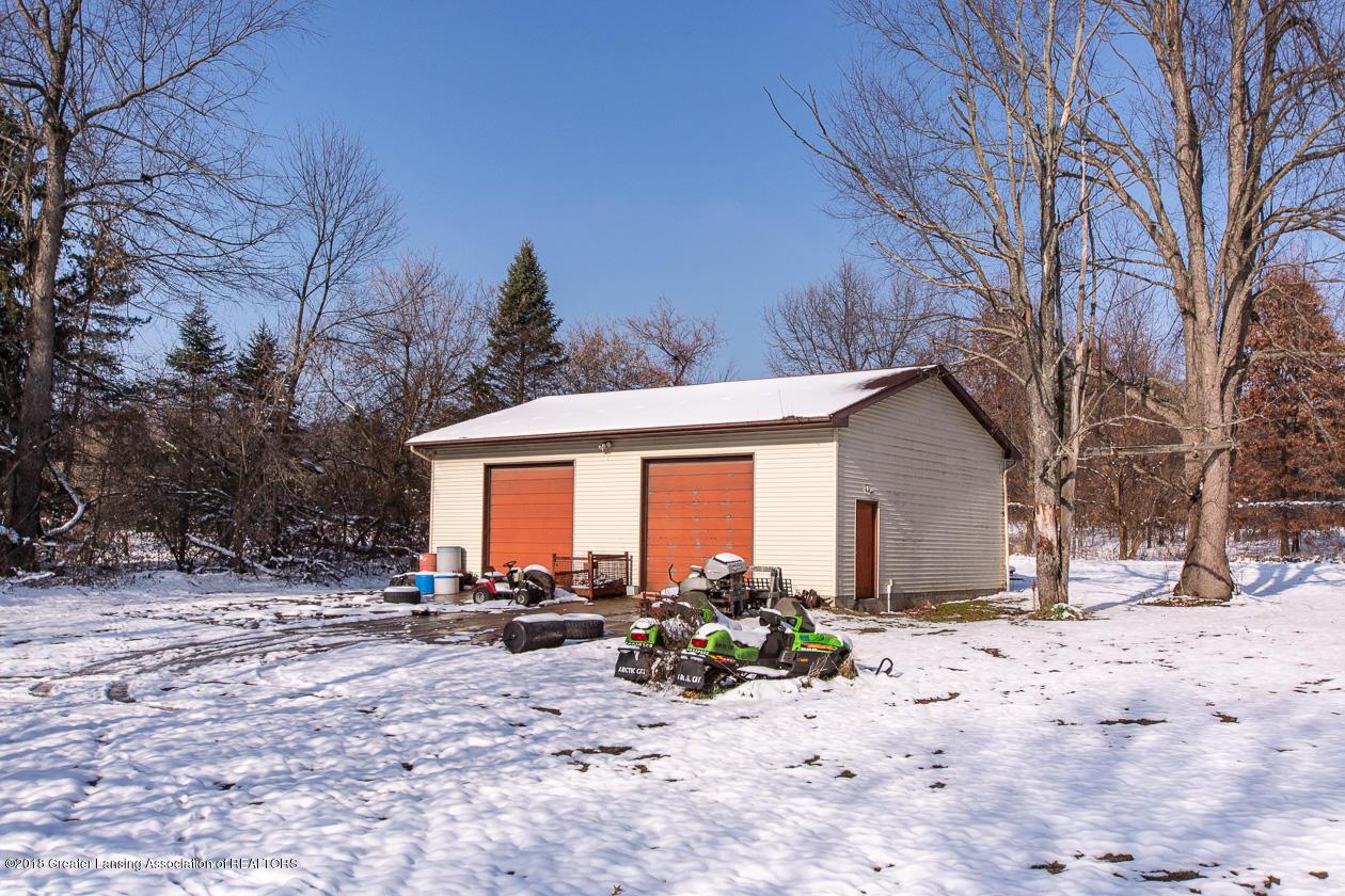 1677 Barry Rd - Pole barn - 22