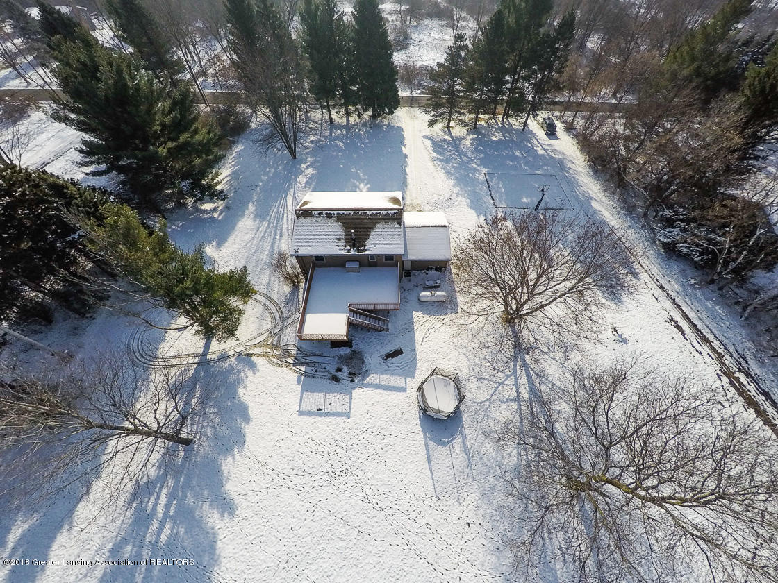 1677 Barry Rd - Yard overview - 24