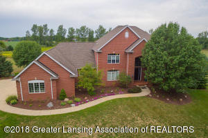13600 Forest Hill Rd, Grand Ledge, MI 48837