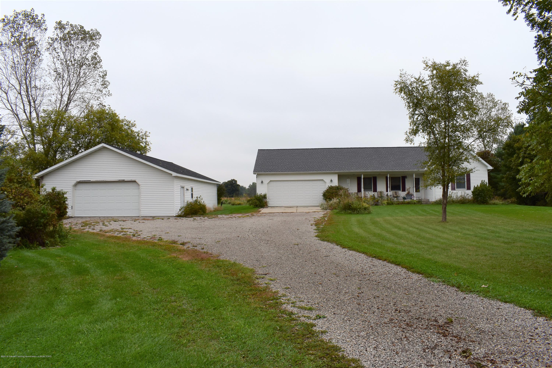 341 S Eifert Rd - Front and pole barn - 1