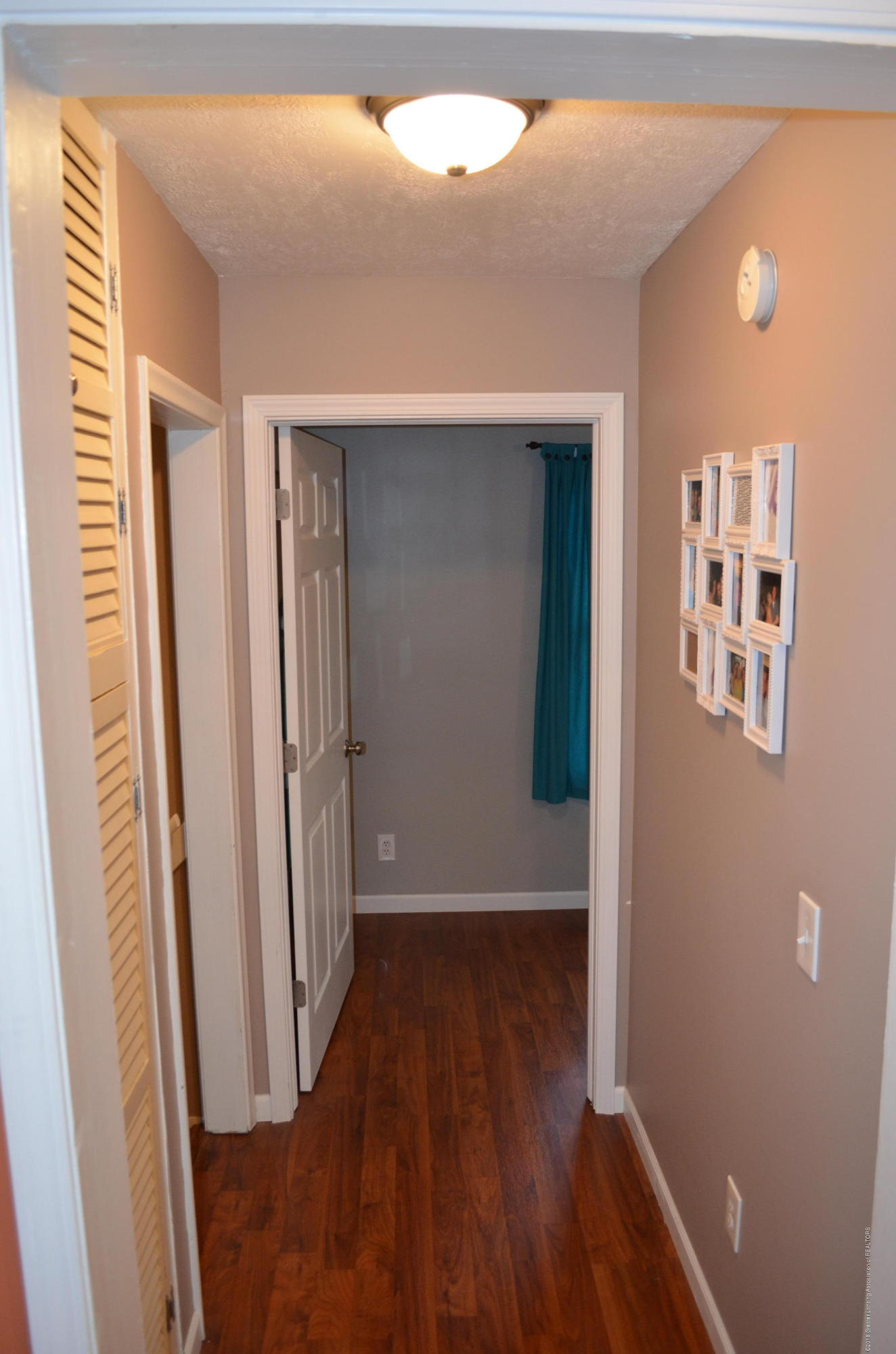 620 Irvington Ave - Hallway - 13