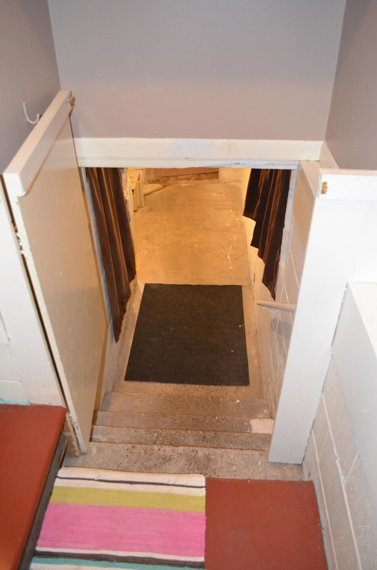 620 Irvington Ave - Lower Level Stairs - 17