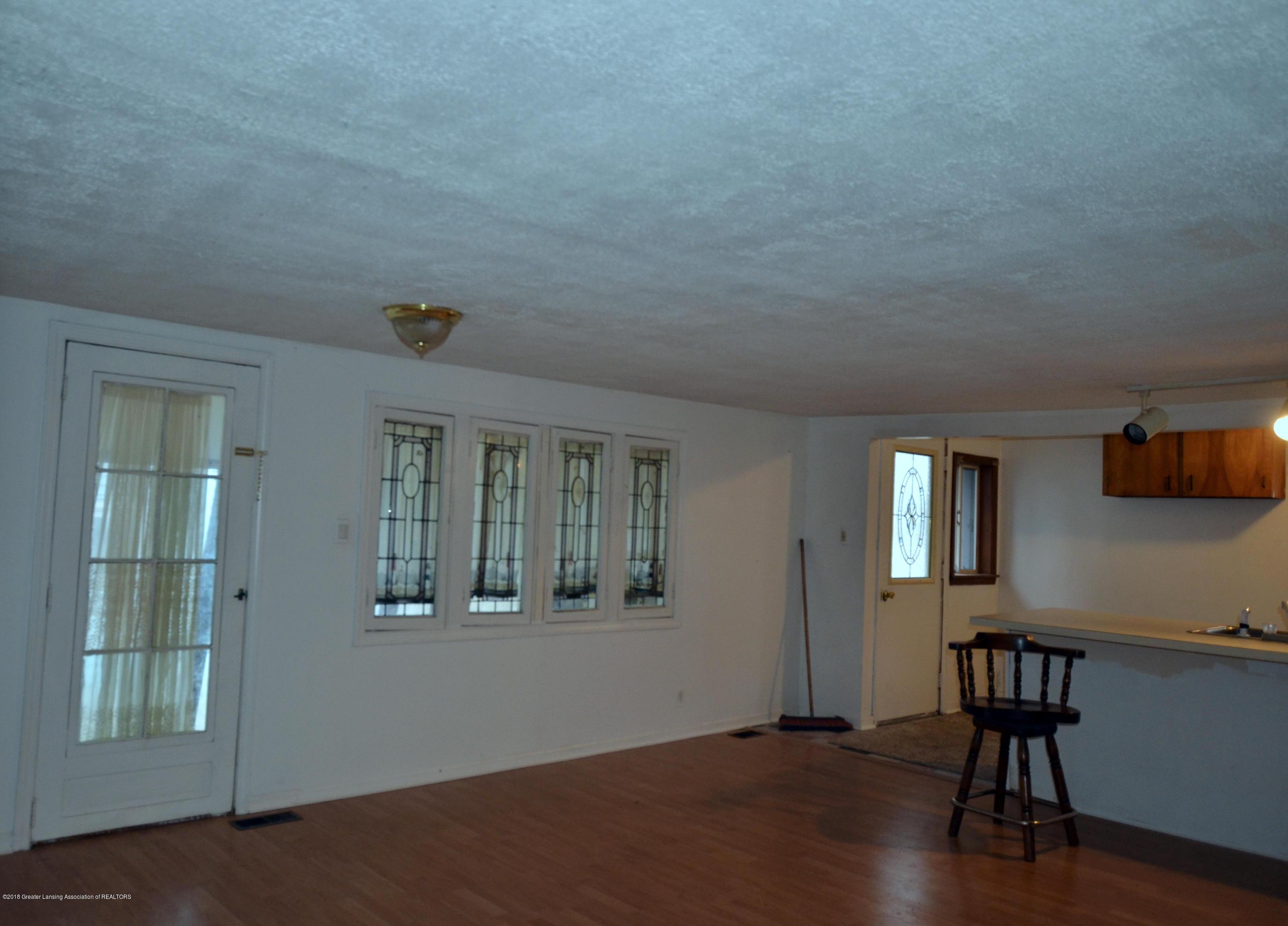 15871 Short St - 15871 Short St living room 2 - 2