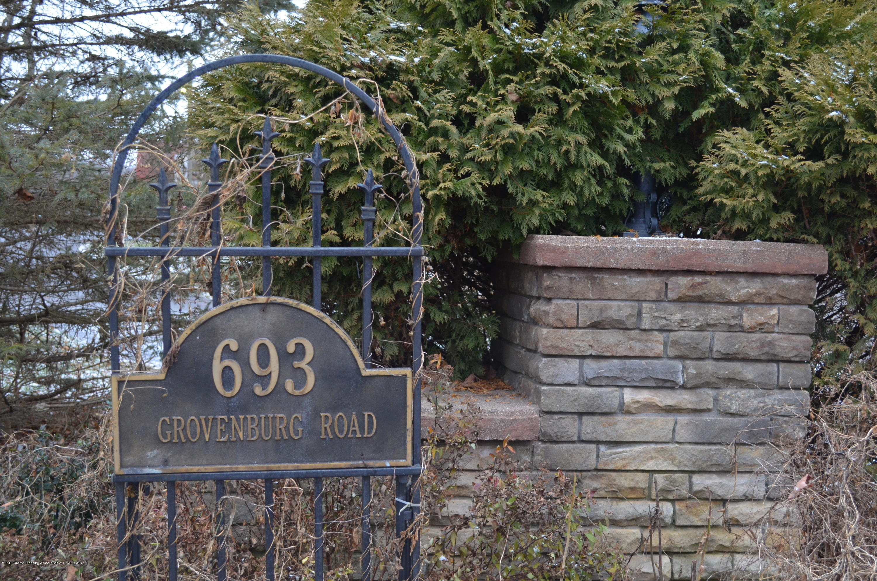 693 Grovenburg Rd - DSC_0930 - 2