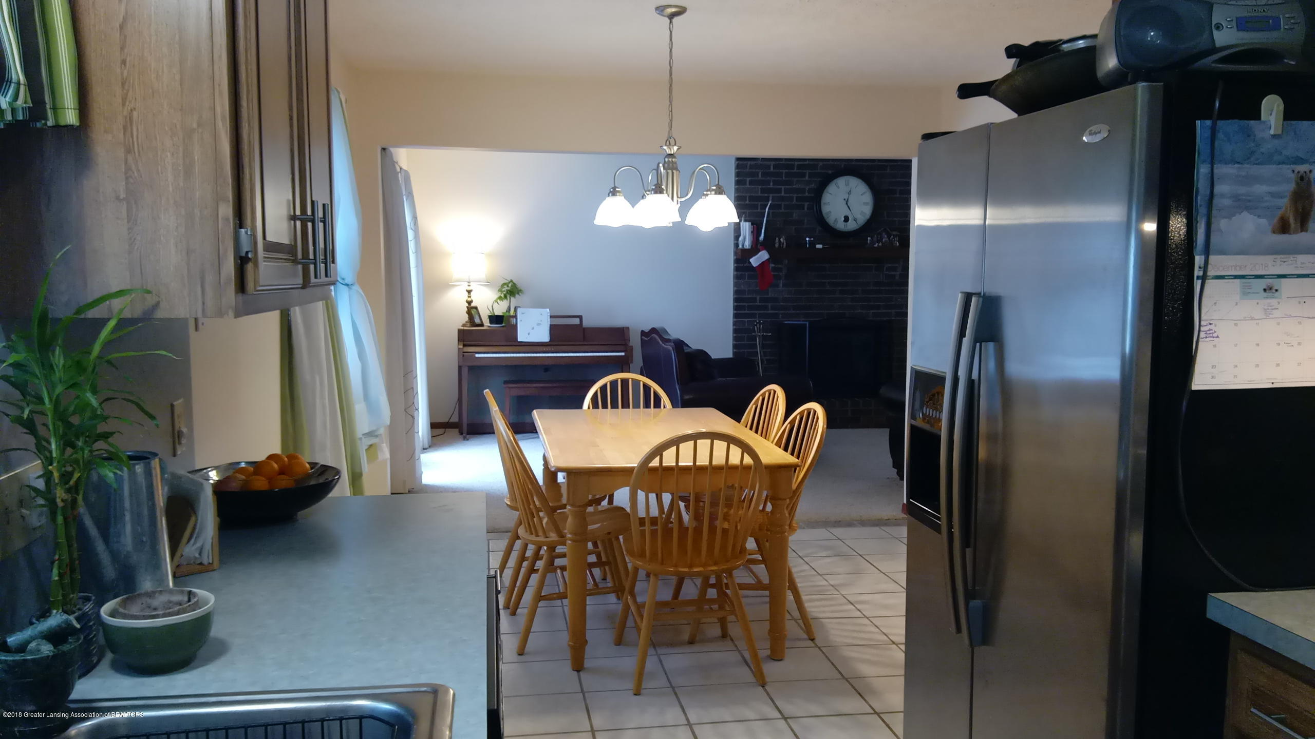 1221 Longspur Dr - Dining Area - 15