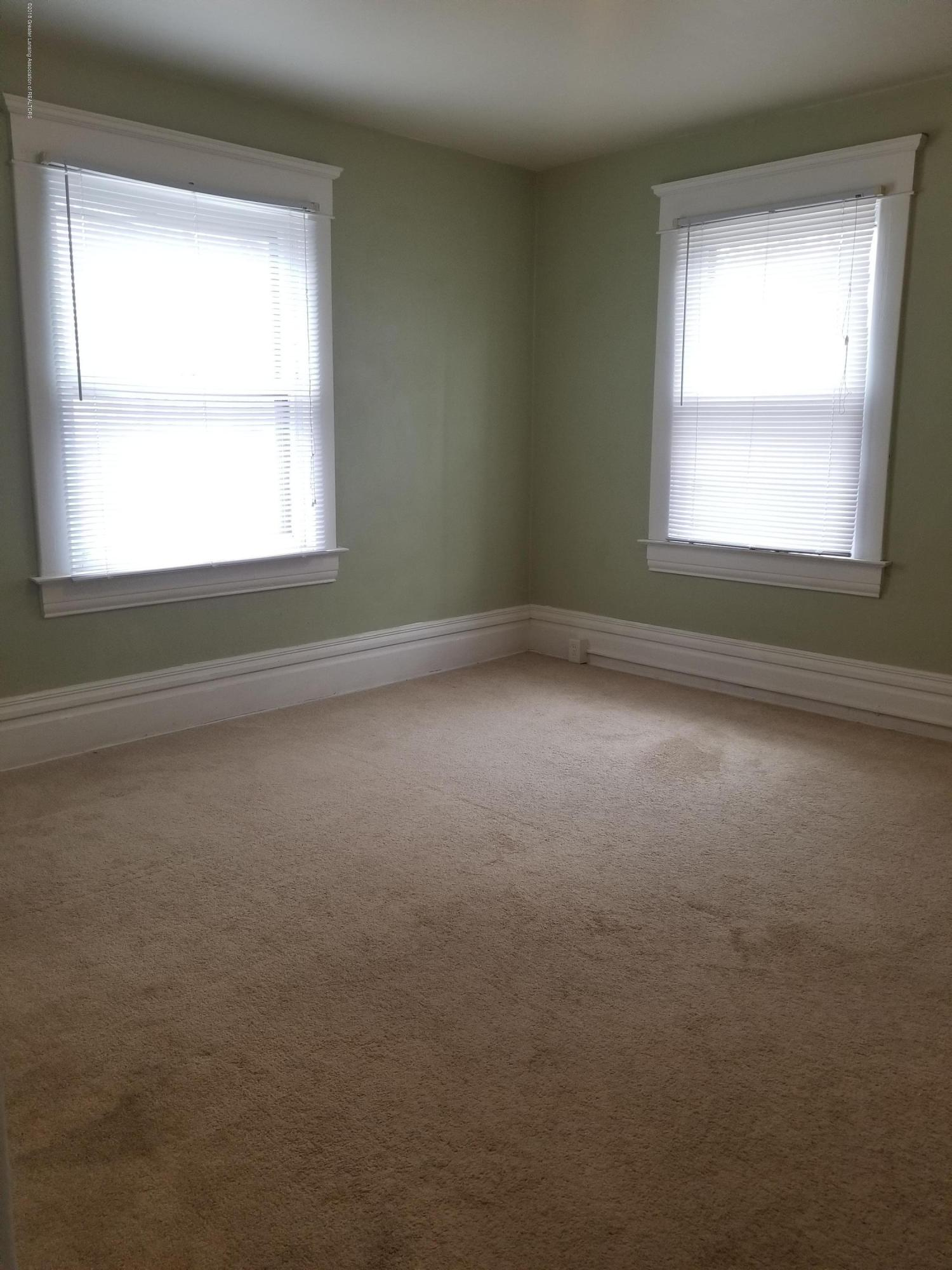309 W Lapeer St - Bedroom 2 - 17