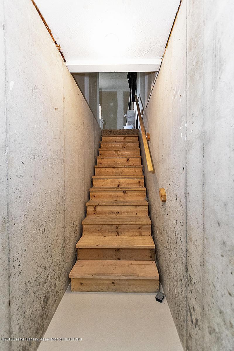 3650 Laureate Dr - Garage Stairs - 31