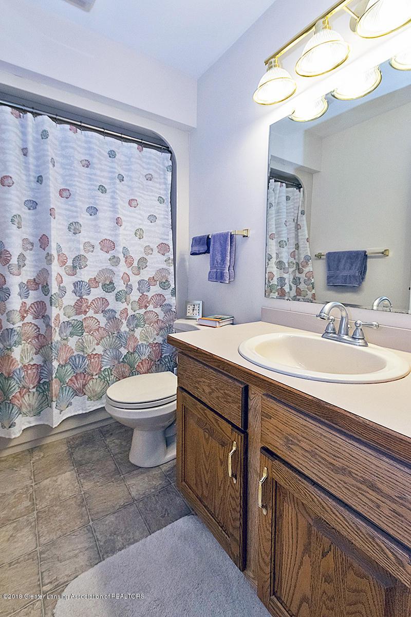 3650 Laureate Dr - 3rd Full Bath - 30