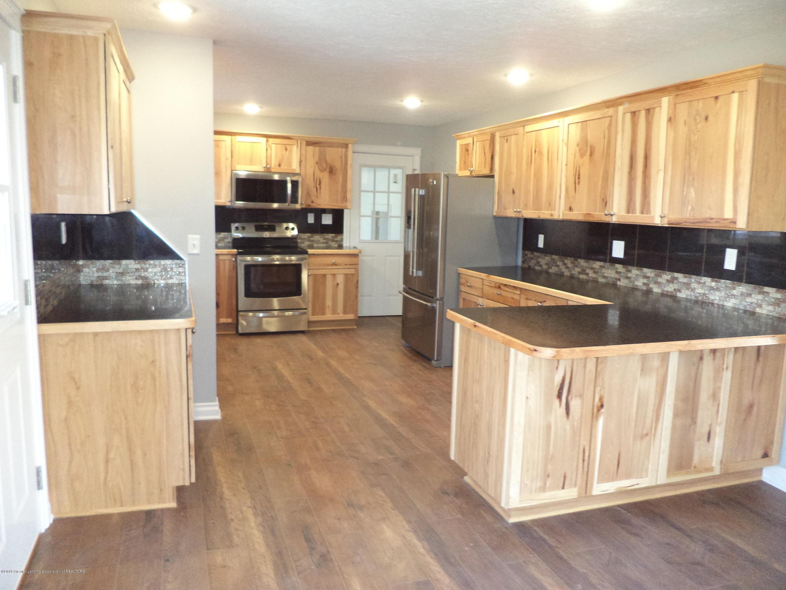 3200 S Dewitt Rd - Kitchen 3 - 7