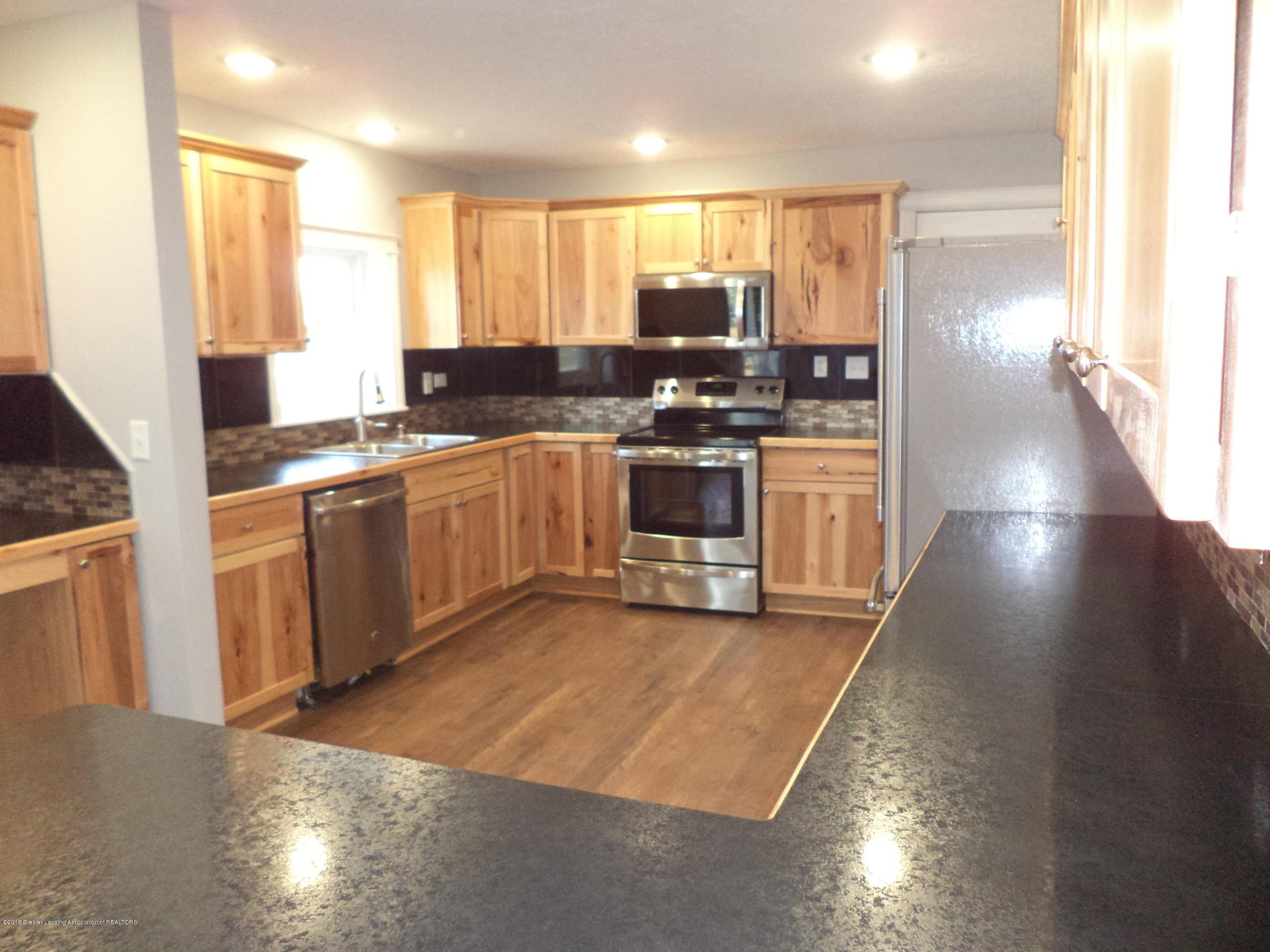 3200 S Dewitt Rd - Kitchen 4 - 8