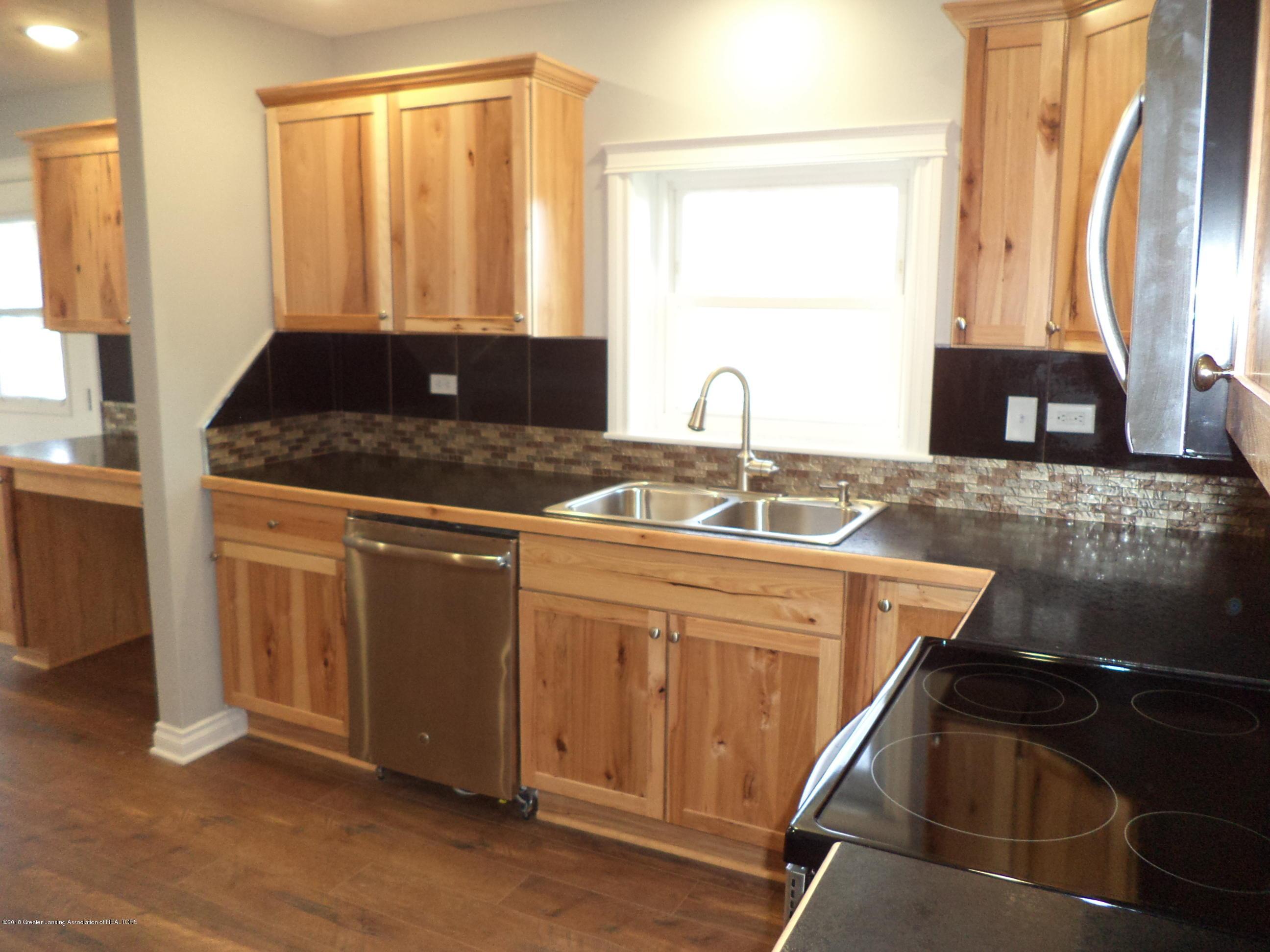3200 S Dewitt Rd - Kitchen 2 - 6