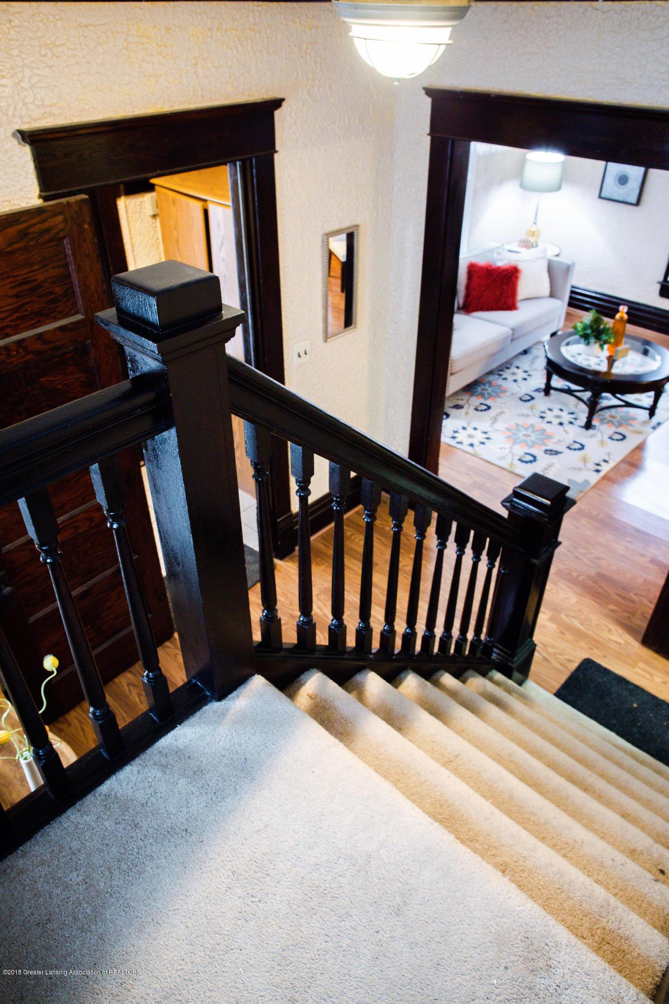 309 W Lapeer St - Stairway - 10